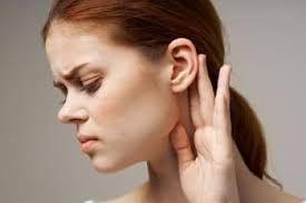 Perche ci fischia l'orecchio? anche se ogni tanto?